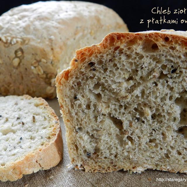 Chleb ziołowy z płatkami owsianymi - kwietniowa piekarnia