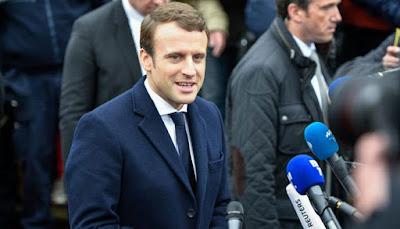 यूरोपीय संघ समर्थक इमैन्युएल मैक्रॉन फ्रांस के सबसे युवा राष्ट्रपति के रूप में चुने गये