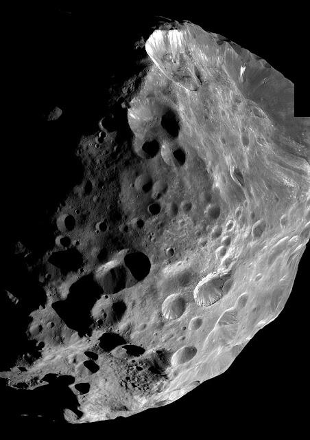 Lua de Saturno - Phoebe - Cassini - NASA
