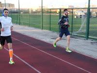 Atletas realizando un test incremental