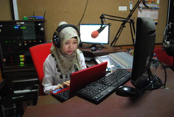 Promosi Melalui Siaran Radio