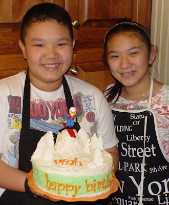 kids-baking-cake-classes-marshmallow-cutting-deborah-stauch