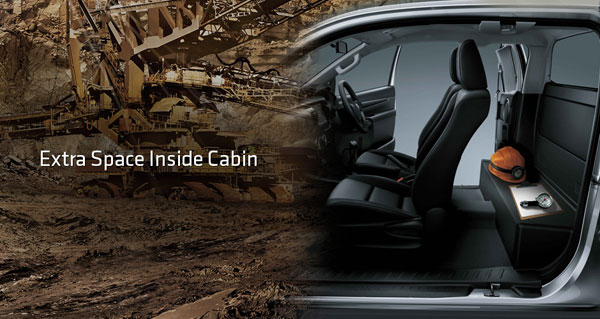 interior all new toyota hilux extra cabin
