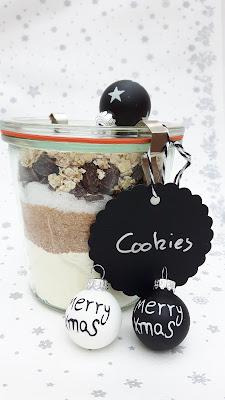 Leckere Geschenke aus der Kinderkueche: Cookie-Backmischung im Weck-Glas