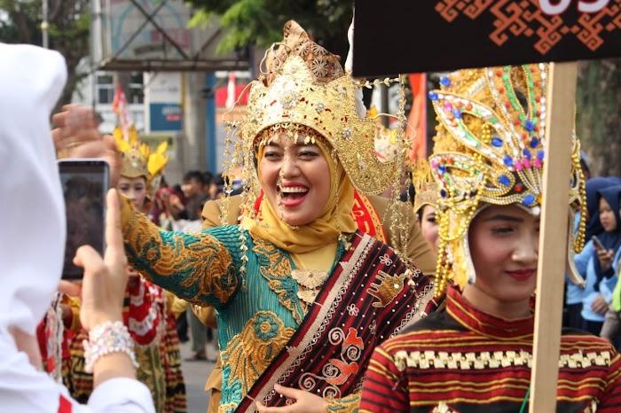 Chusnunia, Festival Wisata dan Identitas Daerah