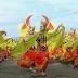 Dengan Latar Belakang Selat Bali, Seribu Penari Gandrung Penuhi Pantai Boom