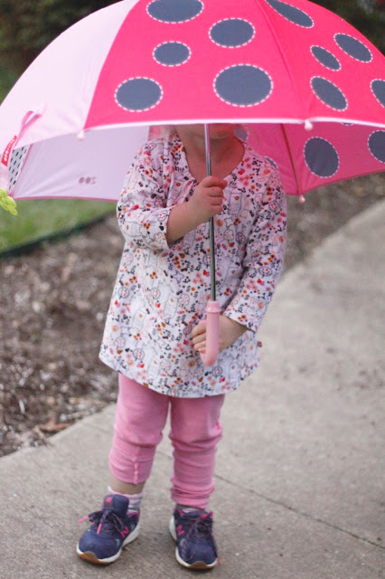 review of ladybug Zoobrella umbrella by Skip Hop and Zutano kids' clothing