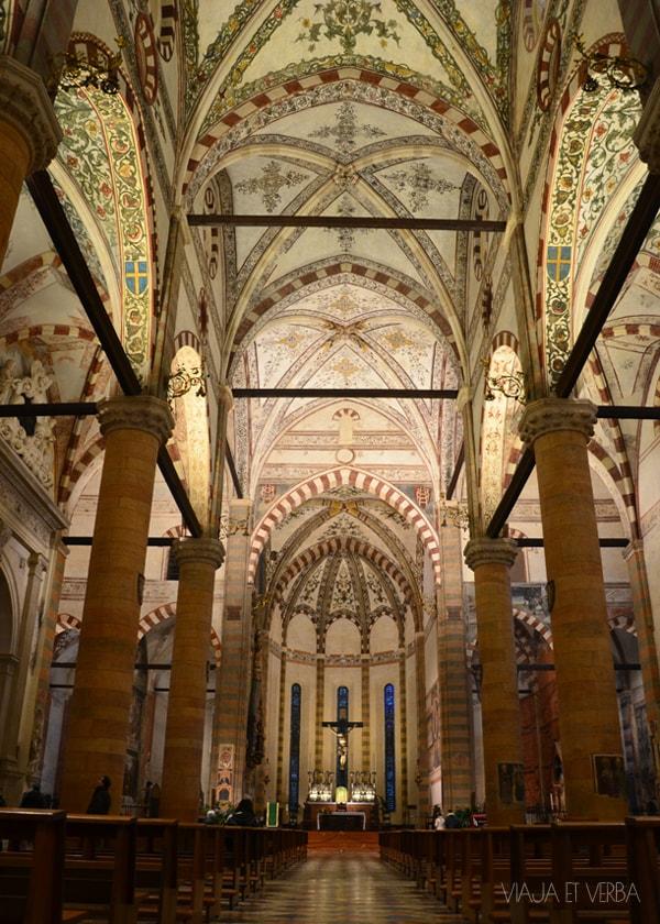 Iglesia de Sta. Anastasia, Verona, Italia. Viaja et verba