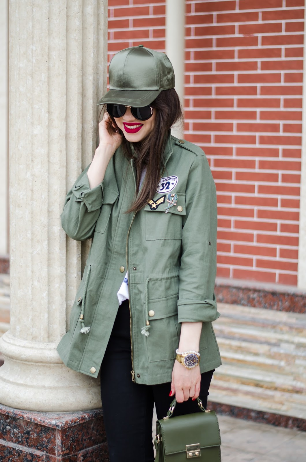 fashion blogger diyorasnotes diyora beta baseball cap asos parka sport outfit lookoftheday red lips