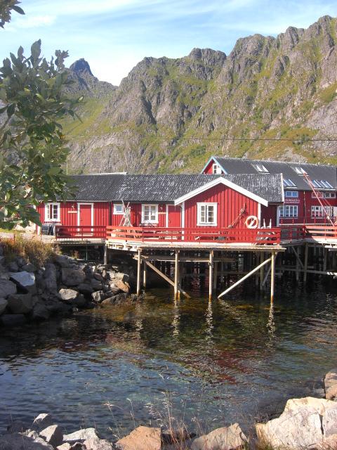 I miei viaggi low cost avventura alle isole lofoten for Case vecchie ristrutturate