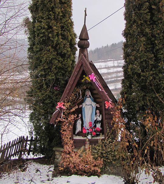 Kapliczka w Glisnem.