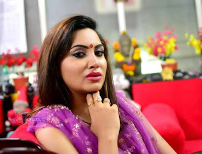 Arshi Khan, Muslim model Arshi Khan, actress Arshi Khan, Navrati, Arshi Khan fasts