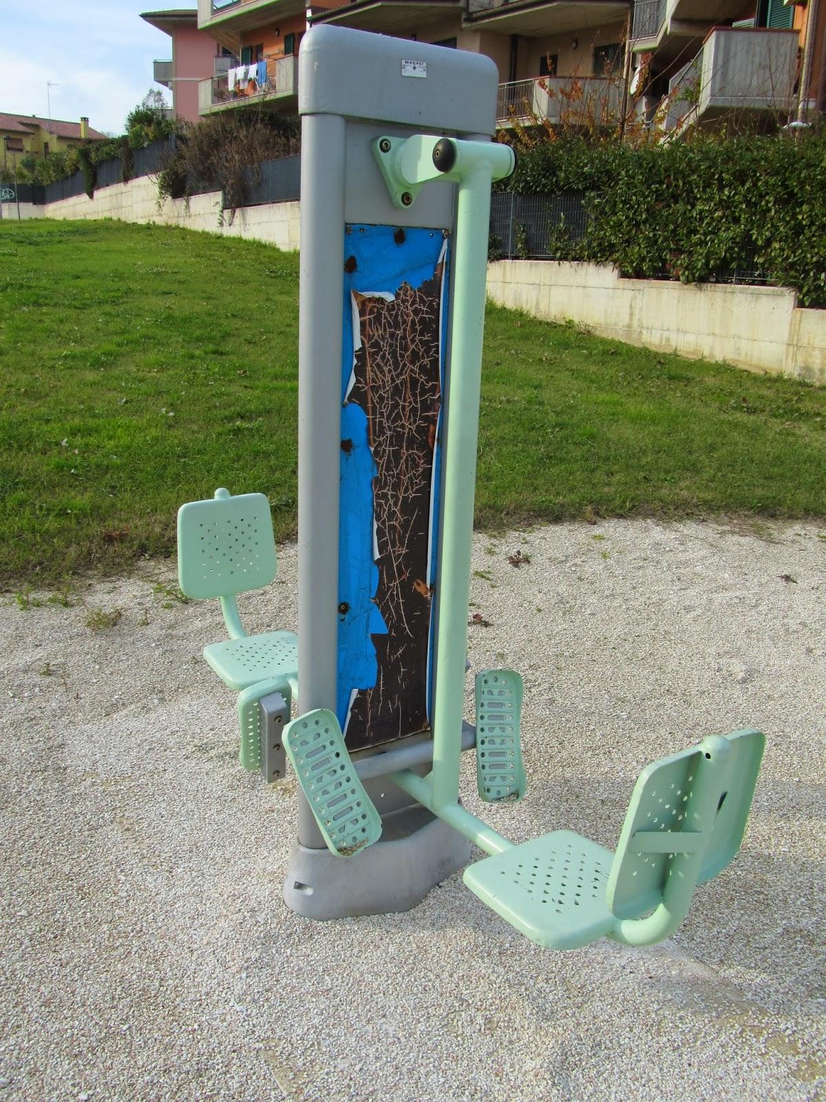 LORETODUEPUNTI: Parco fitness Loreto: ruggine e solitudine ...