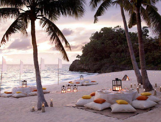 Idyllic Tables and Weddings on The Beach 8