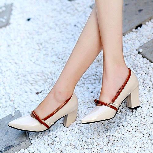 model-sepatu-hak-tinggi-terbaru-block-heels