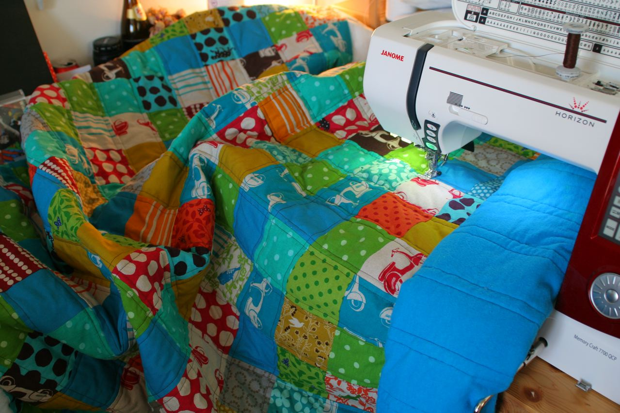 echino quilt das quilten. Black Bedroom Furniture Sets. Home Design Ideas