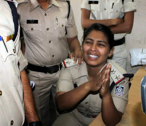 indore-fake-police-lady-subinspector