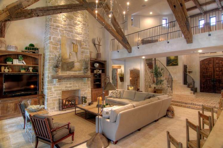 Tuscan style home interior design and decorating elements for Tuscany living room ideas