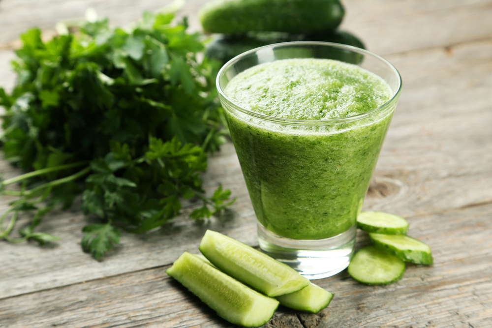 3 Benefits of Juicing Parsley For Your Health