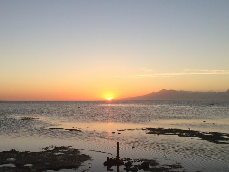 PHILIPPINES : Coucher de soleil quotidien   / 5 jours sur Siquijor & Apo Island / www.by-laura.fr