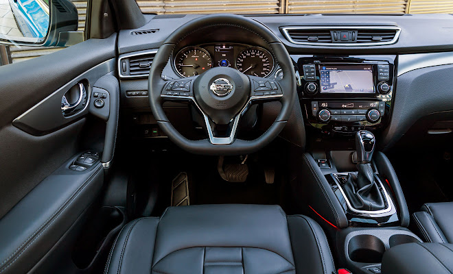 Nissan Qashqai cockpit