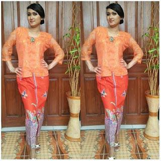 Kebaya-Batik-Brukat-Orange