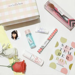 unboxing-sociolla-beauty-box-september-2016.jpg