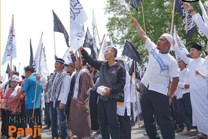 Subhanallah, Video Pengibaran Masirah Panji Rasulullah Di Tanah Serambi Mekah