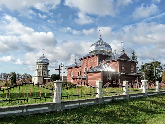 Нежухов. Церковь Покрова Пресвятой Богородицы