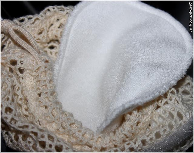Les Tendances d'Emma Kit Eco Belle Nomade carrés démaquillants lavables - Interview Emmanuelle Terrier - Blog beauté Les Mousquetettes©