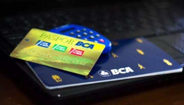 Potongan Biaya Administrasi Bank BCA Per Bulan ( Silver, Gold, Platinum )