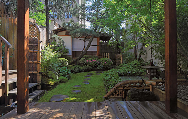 Beautiful Abodes: Rooftop Gardens