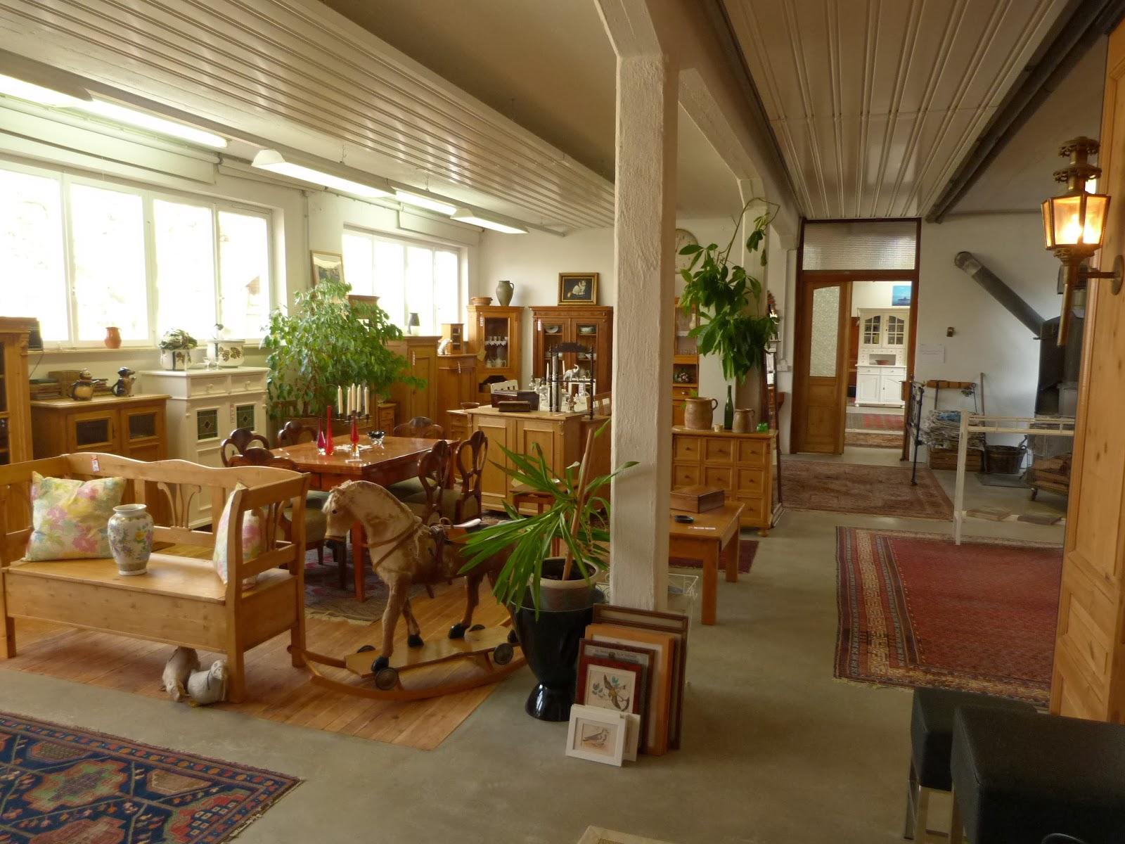 antike m bel unsere neuen gesch ftsr ume in kirchheim am. Black Bedroom Furniture Sets. Home Design Ideas