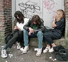 Jovens drogados - fotos 69