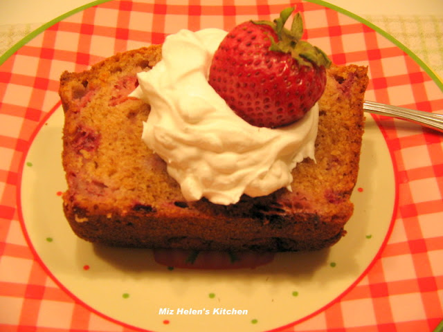 Fresh Strawberry Bread at Miz Helen's Country Cottage
