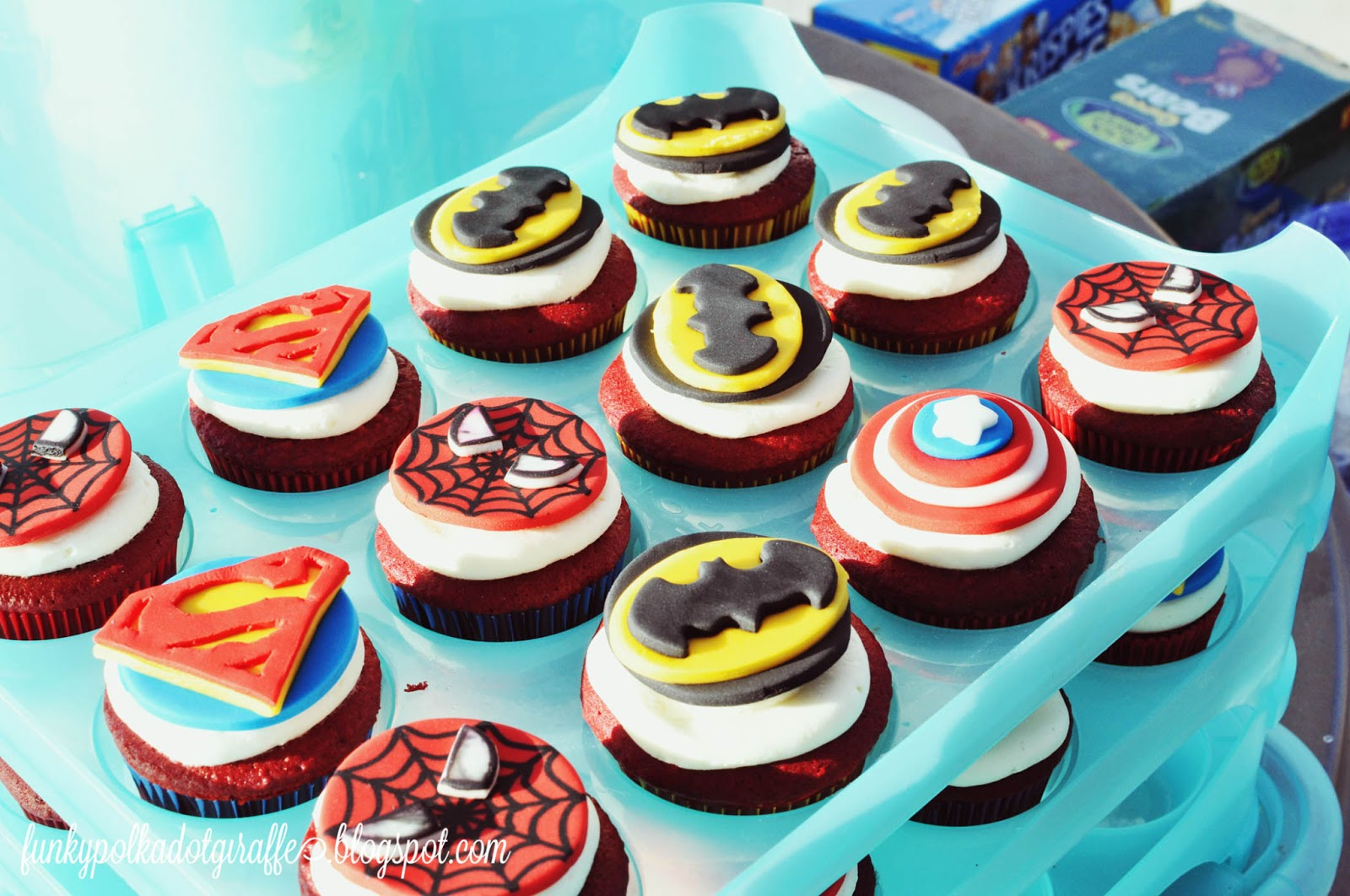 Cool Cupcakes For Boys And crazy ideas and thenCool Cupcakes For Boys