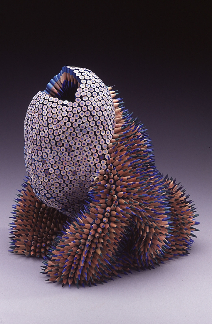 15-Threnody-Jennifer-Maestre-Creature-Pencil-Sculptures-with-a-Peyote-Stitch-www-designstack-co