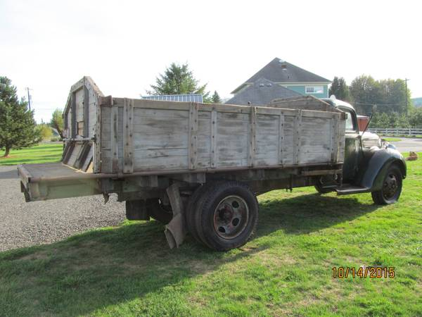 Barn Find, 1939 Ford Farm Truck - Old Truck