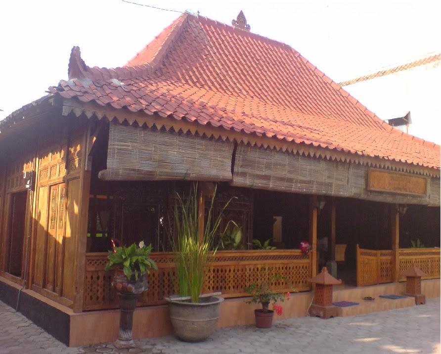 Joglo Dari Baja Ringan Model Teras Rumah Jawa Kuno