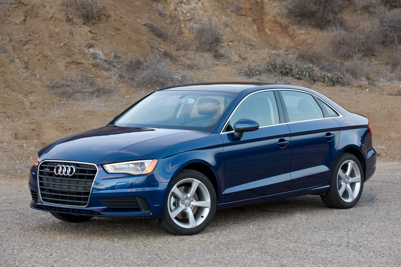 © Automotiveblogz: 2015 Audi A3: Review Photos