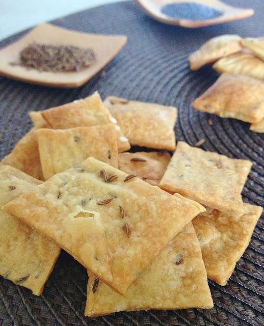Sweet Kwisine, crackers, apéritif, sésame, carvi, pavot, végétarien, biscuits salés