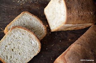 Dwa chlebki - dwie kromki