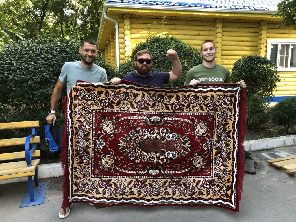 The fan who owns the lucky carpet invited to FC Rostov's training base