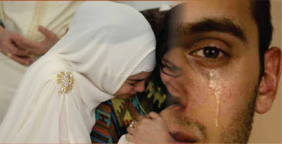 Hasil gambar untuk pengantin pria <a href='http://palembang.tribunnews.com/tag/menangis' title='menangis'>menangis</a>