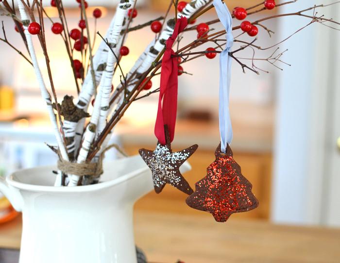 cinnamon and applesauce dough ornaments recipe