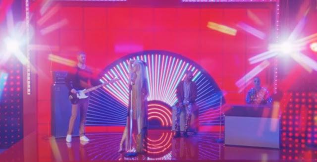 Calvin Harris 'Feels' Ft. Pharrell Williams, Katy Perry, Big Sean