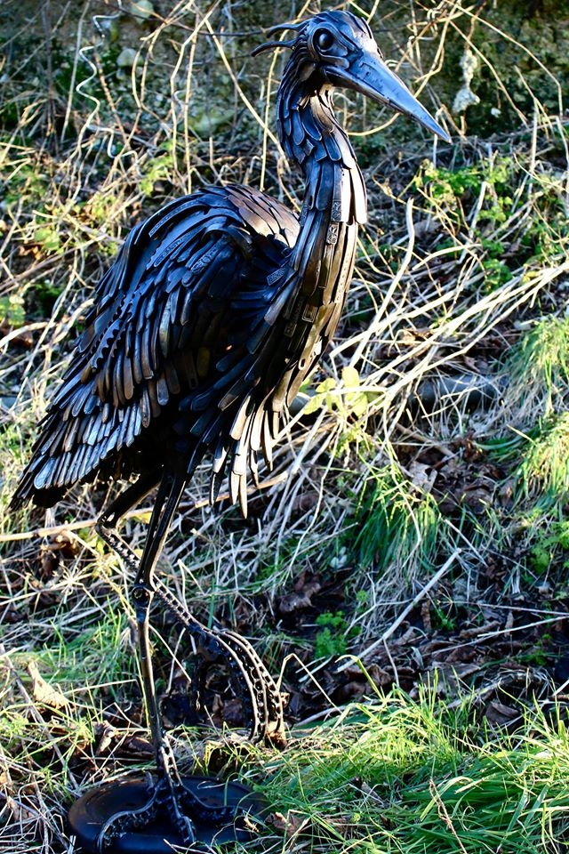 21-Heron-Alan-Williams-Animals-Sculptured-with-Recycled-and-Upcycled-Metal-www-designstack-co