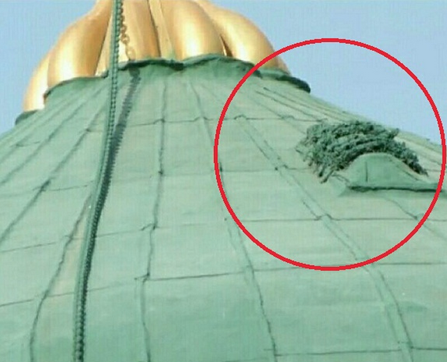 """Kisah Sebenar """"Kubur"""" Diatas Kubah Masjid Nabawi"""