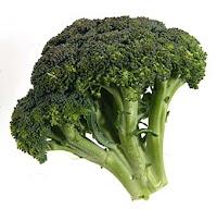 El Brócoli. Esta crucífera verde ayuda a las personas que sufren de osteoartritis