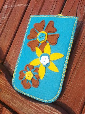 чехол для телефона из фетра цветы